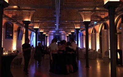 Tanzkreis im Kunstsaal
